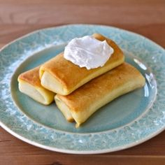 Cheese Blintzes from Ratners, New York City – a favorite of mobsters ...