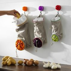 Potato, Onion & Garlic Storage/Vegetable Keep Sacks from Orka Onion Storage, Garlic Storage, Potato Storage, Fruit And Vegetable Storage, Fruit Storage, Food Storage, Onion Vegetable, Storage Ideas, Storage Boxes