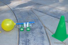 We had our first family science day in the park on Saturday. It was so much fun. We had lots of friends show up and make balloon race cars...