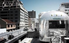 Airstream rooftop trailer park @ Grand Daddy Hotel in Cape Town - definitely want to stay there someday! Phuket, Voyage Dubai, Hotel Safe, Affordable Vacations, Vintage Airstream, Great Hotel, London Hotels, Park Hotel, Places