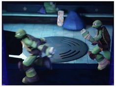 The new episode was hilarious! I loved it when Donnie stole Raph and Leo's masks XD TMNT
