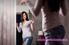 JulieMoon bellissima modella bisex