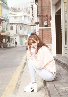 Korean fashion - ulzzang - ulzzang fashion - cute girl - cute out Korean Fashion Ulzzang, Korean Fashion Winter, Korean Fashion Trends, Korean Street Fashion, Ulzzang Korean Girl, K Fashion, Cute Fashion, Asian Fashion, Trendy Fashion