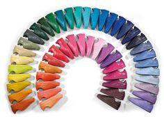 #OriginalSuperstar Esta es la colección de las 50 #sneakers #superstar de @adidas-originals by @pharrell-williams ¿Con qué color te quedas?
