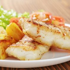 Cod grilled on a griddle - Annie Bouniol - Animal de soutien émotionnel Cilantro Lime Chicken, Honey Chicken, Batch Cooking, Cooking Recipes, How To Cook Cod, Homemade Spaghetti Sauce, Salty Foods, Make Ahead Meals, Cooking