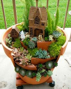 5 Tenacious Cool Tips: Backyard Garden Flowers Water dream backyard garden kids.Rustic Backyard Garden Cottages backyard garden vegetable to get.Backyard Garden Shed How To Build. Fairy Garden Pots, Fairy Garden Houses, Diy Garden, Garden Ideas, Potted Garden, Balcony Garden, Garden Planters, Potted Plants, Garden Inspiration