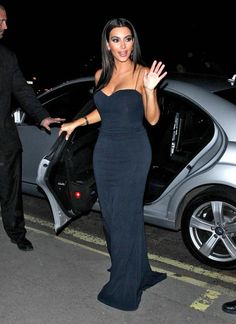 Kim Kardashian Photos - Kim Kardashian and Kanye West Leave the 2012 UK Fragrance Awards - Zimbio