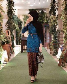 56 New Ideas Moda Hippie Hair Bohemian 56 New Ideas Moda Hippie Hair Bohemian Kebaya Modern Hijab, Model Kebaya Modern, Kebaya Hijab, Batik Kebaya, Kebaya Dress, Kebaya Muslim, Muslim Dress, Batik Dress, Kebaya Bali Modern