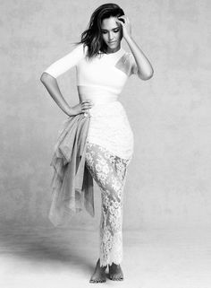 jessica-alba-by-david-roemer-for-marie-claire-uk-september-2014-1