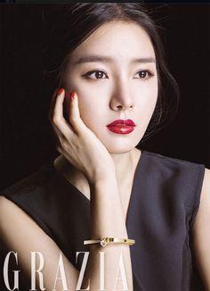 Kim So Eun для Grazia Magazine 2015 - Фотосессии Ahn Jae Hyun, Lee Hyun Woo, Korean Beauty, Asian Beauty, Kim So Eun, Grazia Magazine, Korean Actresses, Stunningly Beautiful, Korean Model