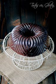 Tartas sin Gluten .....365 dias sin gluten: Bundt de Chocolate ... Muerte por Chocolate Bundt Cakes, Gluten Free Baking, Serving Bowls, Decorative Bowls, Tasty, Tableware, Desserts, Chocolate Frosting, Glutenfree