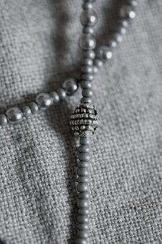 Gray | Grey | Gris | グレー | Grigio | серый | Gurē | Colour | Texture | Pattern | Style | Design |
