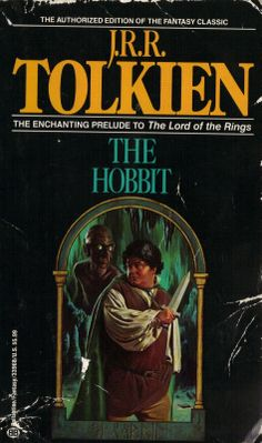 The book cover of The Hobbit from the jajaja nada que ver ! Bad Cover, Cover Art, Michael Moorcock, Sci Fi Books, Book Title, History Books, The Book, The Hobbit Book Cover, Science Fiction