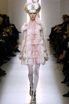 Chanel Spring 2010 Couture - Runway Photos - Vogue