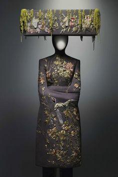 12 Exotic Pieces Of Alexander McQueen's Work