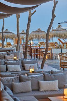 Beach Hotels, Beach Resorts, Ibiza Strand, Dubai Beach, Design Commercial, Beach Patio, Club Design, Beach Design, Beach Bars