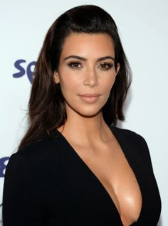 Kim Kardashian at the 2014 NBCUniversal Upfronts. Great makeup here.