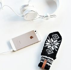 fjellbyshop - VOTT - to keep your cell phone warm in the winter