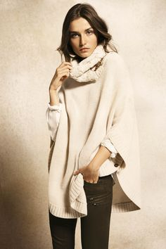 Massimo Dutti: lovely neutral layering.