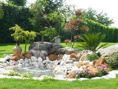 jardin min ral et v g tal massif min ral int gr au jardin parterre avec cailloux pinterest. Black Bedroom Furniture Sets. Home Design Ideas