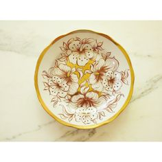 Hand Painted Estonian Plate ARS Tallinn Plate ($45) via Polyvore featuring home, kitchen & dining, dinnerware, gold plates, round plate, handpainted dinnerware, brown dinnerware and scalloped plates