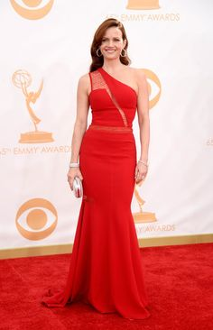 #emmyfashion Actress Carla Gugino arrives at the 65th Annual Primetime Emmy Awards held at Nokia Theatre L.A. Live on September 22, 2013 in Los Angeles, California.