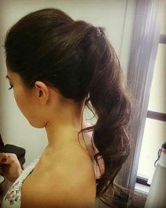 Sobre as produções de hoje ~  #flaviayukiehairstylist #rabodecavalo #hairstyle #hairstylist #penteadodivo #penteado #penteadosmodernos #bastidores #madrinhas #makingof #atendimentovip #pousoalegre #suldeminas #amomeutrabalho