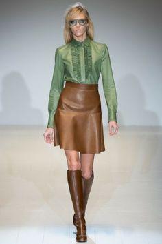 Bekijk hier alle looks uit de Autumn-Winter 2014 collectie van Gucci, die als eerste showde tijdens MFW: http://glamour.nl/jrmzjy787
