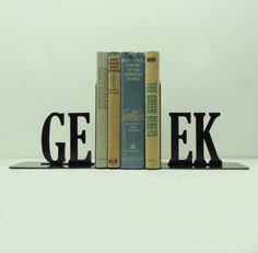 Aww I would love these bookends.