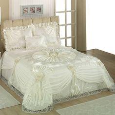 Halaza Bedspread Home Queen Cream Product information: bed cover Bed Cover Design, Bed Design, Luxury Bedspreads, Luxury Bedding, Elegant Comforter Sets, Bedding Sets, Vintage Bedding Set, Fairytale Bedroom, Daybed Sets