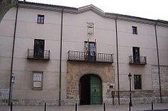 Il 14 ottobre del 1469 Isabella I di Castiglia e Fernando V di Aragona celebrano il loro matrimonio in segreto nel Palacio de los Vivero.