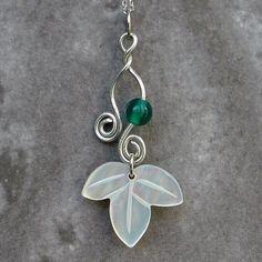 Mother of Pearl Leaf Design Pendant Necklace