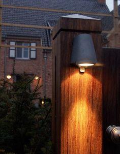 Beamy Mast Light by Royal Botania @peterreidlighting #outdoorlighting