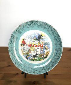 Vintage souvenir plate Utah ceramic dish shiny gold floral  sc 1 st  Pinterest & vintage souvenir plate - seattle worldu0027s fair 1962 | State Plates ...
