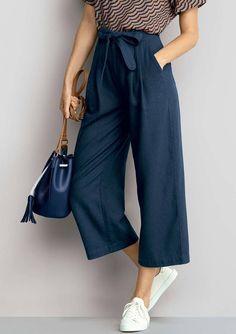 e50ddeaf2 Calça pantacourt feminina em tecido de linho com amarração   Azul Escuro    Tam.044   Hering