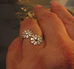 Sterling silver adjustable ring, two flowers open ring, dainty ring for everyday on Etsy, 92.31 ₪