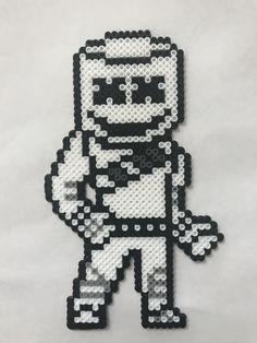 pixel art fortnite marshmello : +31 Idées et designs pour vous inspirer en images Perler Bead Mario, Diy Perler Beads, Perler Bead Designs, Pearler Beads, Fuse Beads, Melty Bead Patterns, Pearler Bead Patterns, Perler Patterns, Beading Patterns