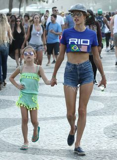 During the 2016 Rio Olympics, Alessandra Ambrosio and her daughter, Anja, took mommy-and-me style to a whole new level. Alessandra Ambrosio, Bff Pictures, Bff Pics, Little Girl Swimsuits, Fashion News, Vogue Fashion, Rio Olympics 2016, Model Street Style, Models Off Duty