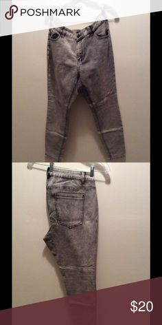Forever 21 Denim Grey stone wash denim Forever 21 Jeans Skinny