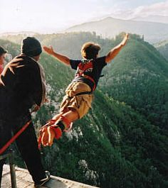 I am supposed to do this on the South Africa trip.World's highest Bungee Jump. Not sure how I feel about it.--Bloukrans Bridge in South Africa Activities In Cape Town, Bungee Jumping, Adventure Activities, The Beautiful Country, Africa Travel, Oh The Places You'll Go, The Great Outdoors, South Africa, National Parks
