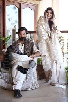 Indian Bridesmaid Dresses, Indian Wedding Gowns, Pakistani Wedding Outfits, Indian Gowns, Dress Wedding, Stylish Dress Designs, Stylish Dresses, Women's Fashion Dresses, Unique Dresses