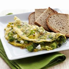 Broccoli & Feta Omelet with Toast | The Best Healthy Recipes