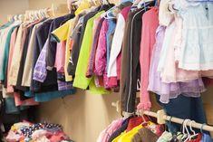 Το Infokids.gr συγκέντρωσε και σας παρουσιάζει τις Δομές και τις Οργανώσεις που μπορείτε να απευθυνθείτε για να χαρίσετε ρούχα, παπούτσια, παιχνίδια,