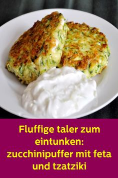 Fluffy taler for dipping: zucchini buffers with feta and tzatziki . - Fluffy taler to dunk: zucchini buffer with feta and tzatziki the - Tzatziki, Mexican Food Recipes, Vegetarian Recipes, Cooking Recipes, Healthy Recipes, Vegetarian Lifestyle, Easy Dinner Recipes, Easy Meals, Zucchini Pancakes