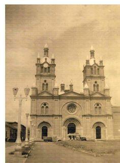 Basilica de #Buga #ValledelCauca #Colombia Taj Mahal, Building, Travel, Buga, Colombia, Viajes, Buildings, Destinations, Traveling