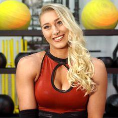 Wrestling Superstars, Wrestling Divas, Naomi Wwe, Wwe Female Wrestlers, Wwe Girls, Charlotte Flair, Wwe Womens, Professional Wrestling, Sasuke
