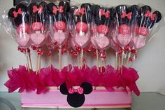 My Minnie Mouse Marshmallow Pop Centerpiece