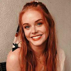 Beautiful Red Hair, Beautiful Redhead, Cute Ginger, Red Hair Woman, Ginger Girls, Redhead Girl, Ginger Hair, Aesthetic Girl, Pretty Face