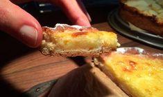 Hanklich-ein-fluffiger-Rahm-Kuchen-aus-Siebenbuergen Cheesecake, Romanian Food, Sweet Tooth, French Toast, Good Food, Food And Drink, Treats, Cooking, Breakfast