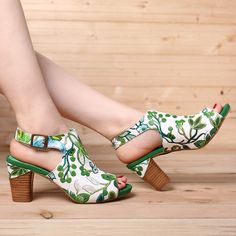 Socofy SOCOFY Fancy Flowers Pattern Genuine Leather Soft Hook Loop Peep Toe Sandals is comfortable to wear. Shop on NewChic to see other cheap women sandals on sale. Low Heel Sandals, Heels, Pumps, Look Fashion, Fashion Shoes, Peep Toe, Womens Flip Flops, Flip Flops For Women, Flip Flop Shoes